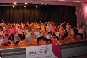 Aufführung der Altenberger Dance4Fans-Clubs