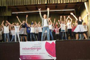 Aufführung der Freistädter Dance4Fans-Clubs